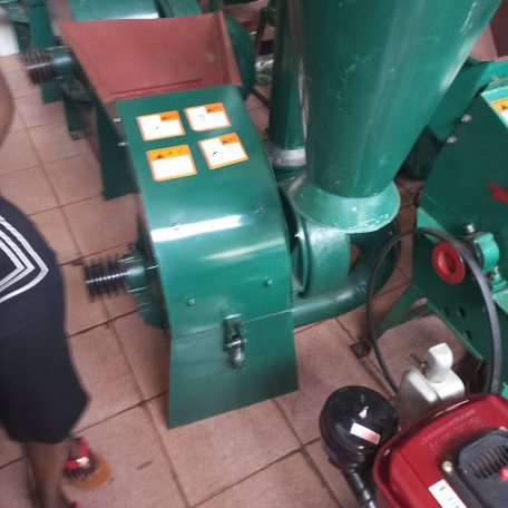 Maize Threshers, Shellers, and Milling Machines